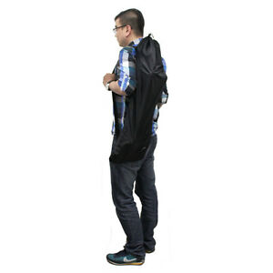 how to carry skateboard on backpack