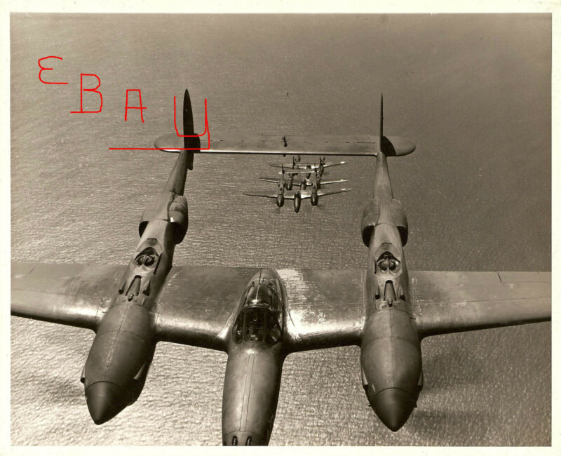 WWII HUGE PHOTO 16X20 ACTION OF LOCKHEED P-38 LIGHTNING FLIGHT FORMATION LOOK
