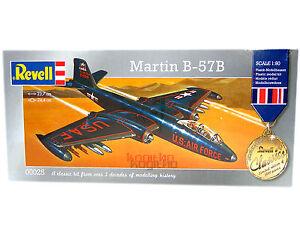 Revell-MARTIN-b-57b-1-80-modelo-de-construccion-Avion