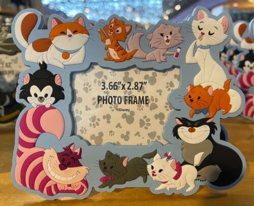 Disney Parks Cat Cats Magnetic Photo Frame with Stand  NEW