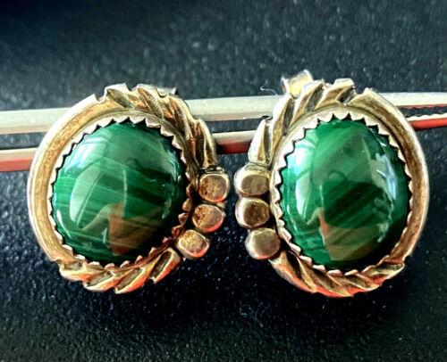 Vintage Southwestern Malachite Ladies Pierced Earrings Sterling Silver 925