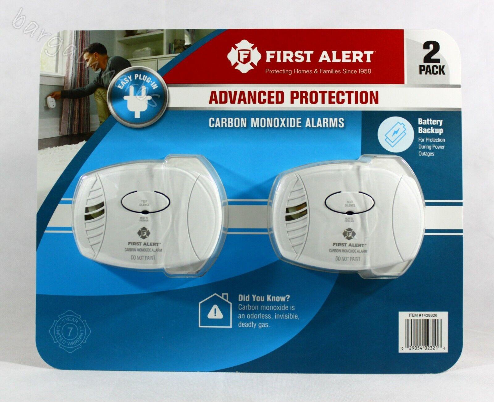 First Alert CO606 Carbon Monoxide CO Plug-In Alarm Sensor wi