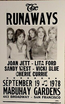 The Runaways playing at Mabuhay Gardens in San Francisco Poster