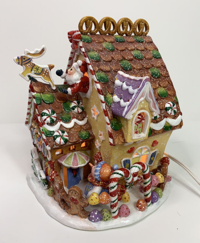 Sugarplum Valley Limited Edition Collection 2002 Lighted Gingerbread House
