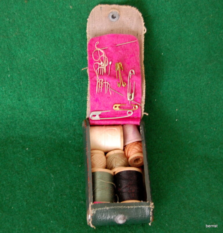 VINTAGE GIRL SCOUT - SEWING KIT