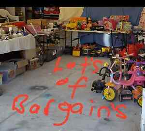 Garage sale Pakenham Cardinia Area Preview