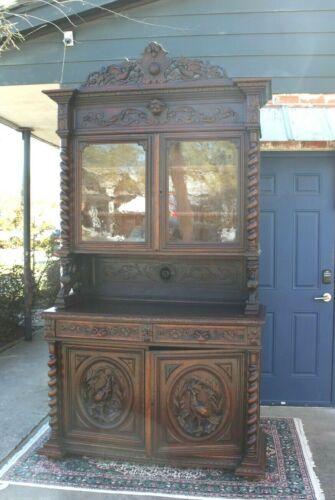 French Antique Oak Louis XIII Hunt Scene Buffet / Sideboard / Hutch