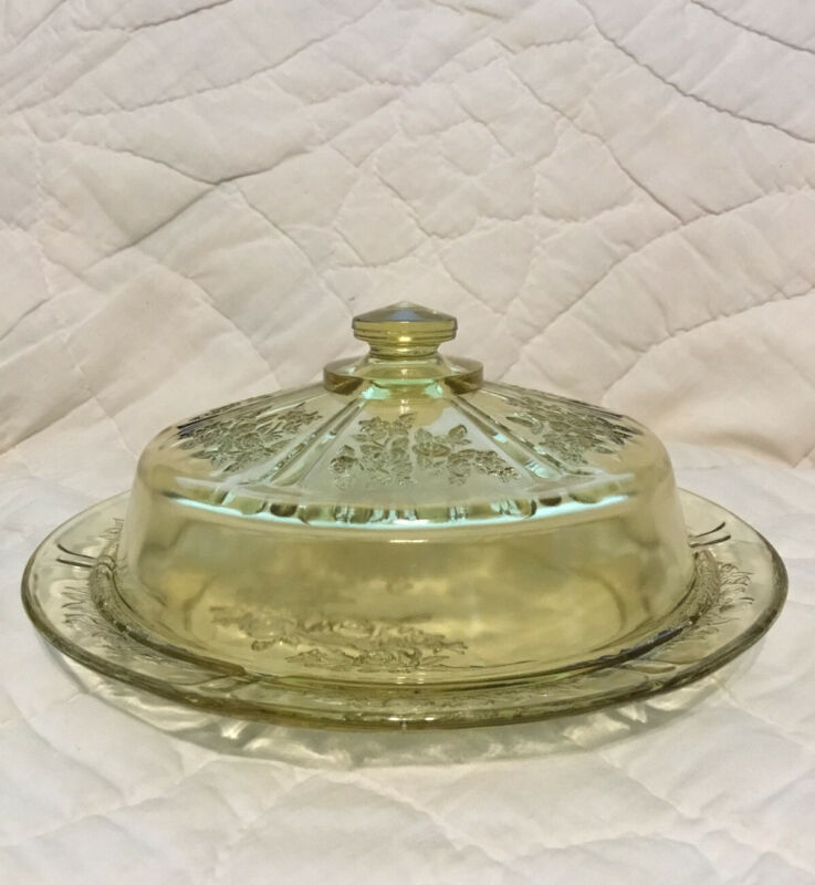 Rare Depression Glass - Cheese Dish - Federal - Sharon Cabbage Rose Amber Yellow