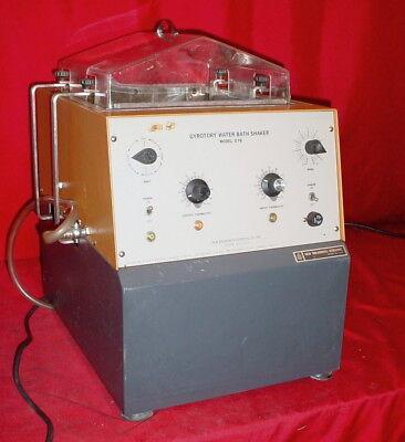 New Brunswick Scientific G76 Gyrotory Warmer Shaker Water Bath W Lid M1028-0000