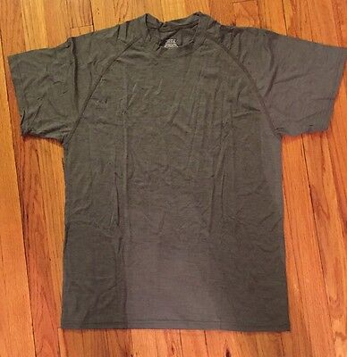 ADS FREE Military T-Shirt Undershirt Foliage - Medium 8415-01-577-0407 - NWOT