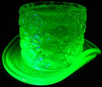 Green Vaseline glass toothpick holder top hat daisy and button uranium art neon