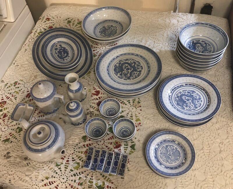 Jingdezhen Made in China Five Claw Dragon Rice Grain Blue Dinnerware Set 50 Pcs