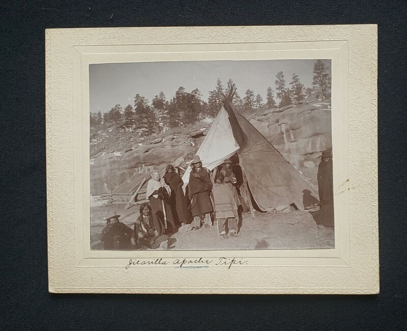 Group of Apache Indians, Vintage 19th Century photograph, circ:1880s
