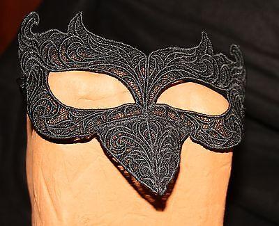 Maske RABE CROW aus Spitze  Farbwahl zum Binden Gothic LARP Mittelalter Neu