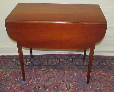 18TH CENTURY CHIPPENDALE CHERRY PEMBROKE TABLE WITH OVOLO DROP LEAF TOP