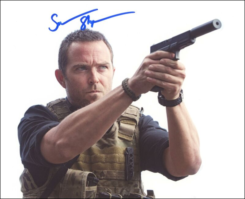 "Sullivan Stapleton ""Strike Back"" AUTOGRAPH Signed 'Sgt. Damien Scott' 8x10 Photo"
