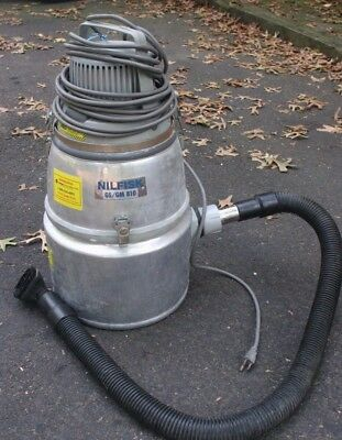 Nilfisk Industrial Vacuum Cleaner Gs-gm 810 Works. With Hose
