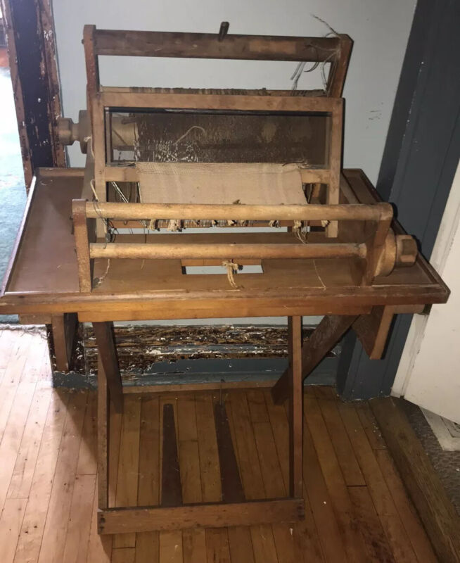 Vintage Antique Looking Wooden Table Weaving Warping Loom With Stand