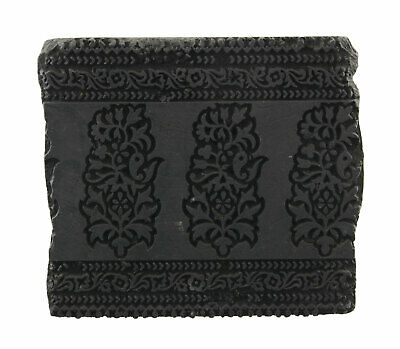Bunta Stamped Wood Printing Textile Batik 16cm Antique Rajasthan India 455