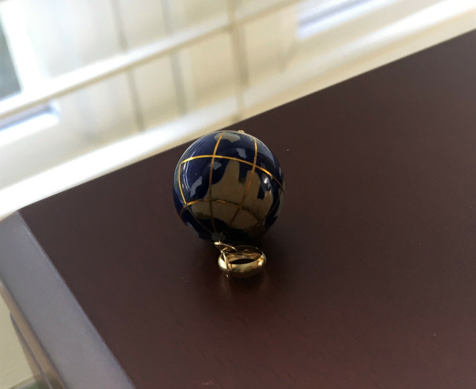 14K Yellow Gold Lapis Lazuli Agate Inlay Atlas Globe Charm Pendant - $252.50