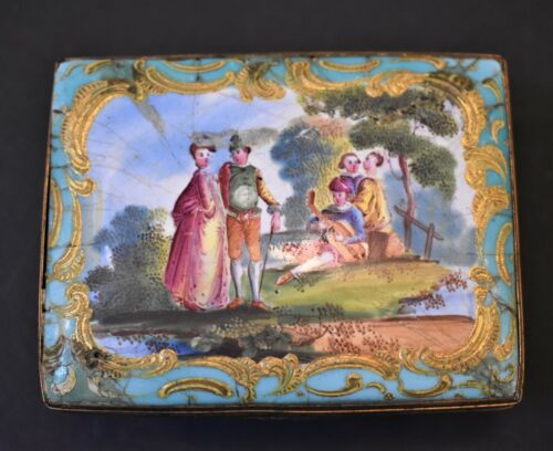 BATTERSEA ENAMEL PATCH OR SNUFF BOX, EX. VERNAY COLLECTION