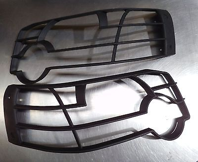 Land Rover Freelander 1 Pair Facelift Headlight Light Guards 2004 on - VUB501390