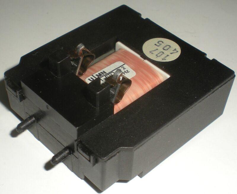 ELECTRICAL CONTROL RELAY CONTACTOR COIL 575VAC 60HZ KLOCKNER MOELLER U-MN NEW