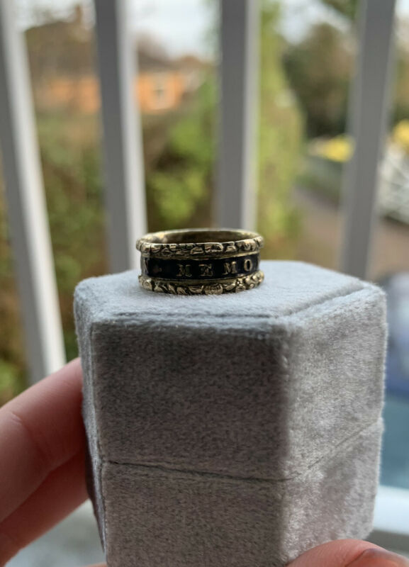 Antique Black Enamel Mourning Band Pinchbeck Ring 'In Memory Of'
