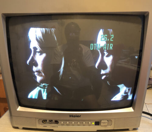 """Haier HTR-13A CRT TV - 13"""" Television - Tested Working - Old"""