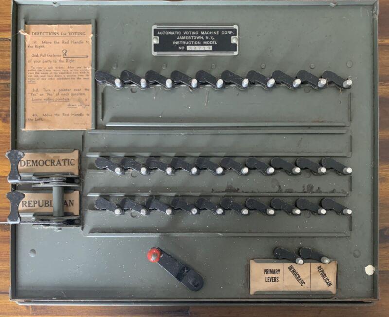Antique Automatic VOTING MACHINE Instructional Model Jamestown, NY 1940