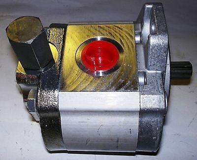 580013004 Yale Steer Pump
