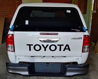 N80 Hilux Extra Cab Tub, ARB Canopy, suits both SR or SR5 mod