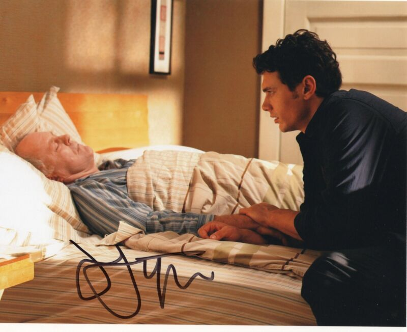 John Lithgow Dexter 3rd Rock From The Sun Signed 8x10 Photo w/COA