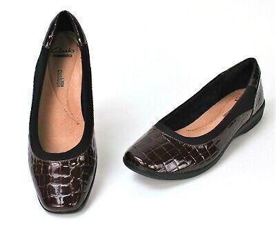 Clark's Womens Dress Shoes Size 9.5 M Maroon Red Alligator Flats Slip On Comfort