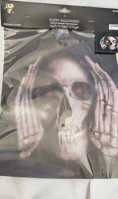 Halloween Lighted Eyes Window (Scary Skeleton Window Peeker w/Suction Cup Halloween  Home Decor~Eyes Light)
