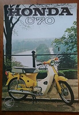 HONDA C70 - Motorcycle Sales Spec Sheet - 1972 BROCHURE