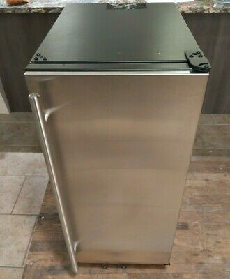 U-Line 3000 Series U3018CLRS00B 18 Inch Built-in Clear Ice Machine Stainless