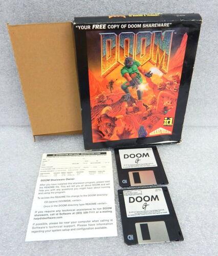 Computer Games - 1993 ID Software DOOM Shareware Computer PC Game 3.5 386 486 Vintage