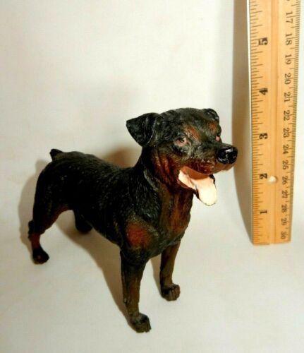 ROTTWEILER  DOG BREED FIGURINE ANIMAL FIGURE  HARD RUBBER