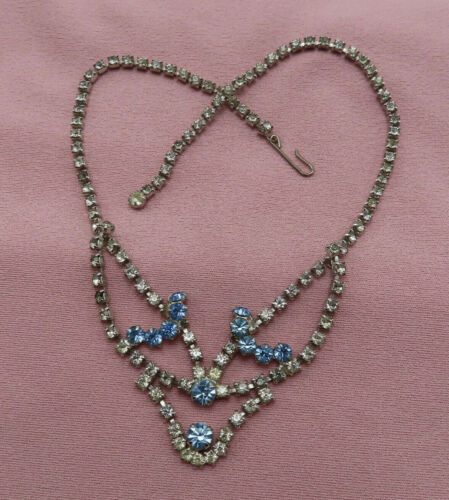 Vintage Rhinestone Necklace Blue Clear Faceted Bib Crystal Choker Chain 681m