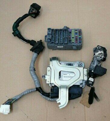 Honda CR-V MK3 2.2 Ctdi  ECU Fuse Box Ignition Key Lock Transponder 0281013633