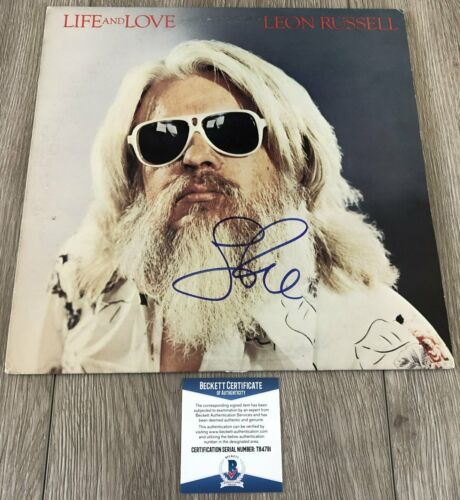 LEON RUSSELL SIGNED LIFE AND LOVE VINYL ALBUM w/PROOF & BAS BECKETT COA
