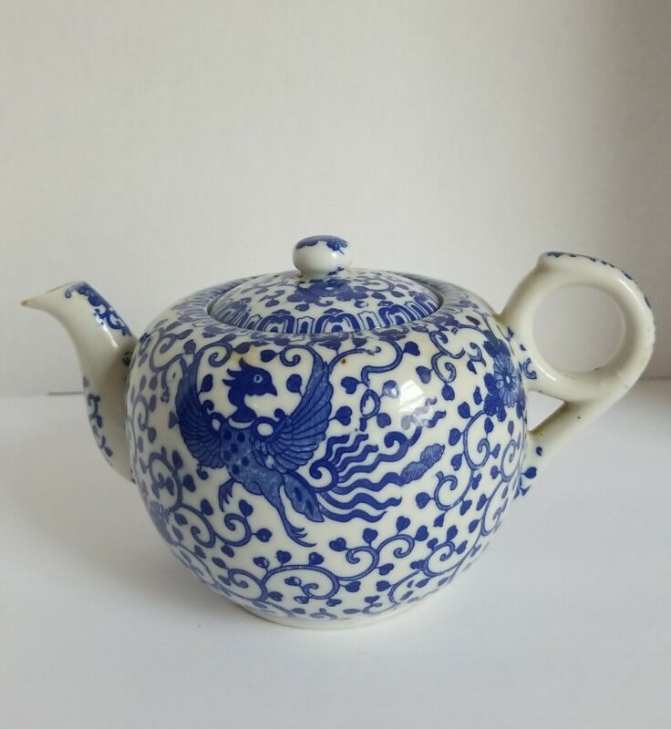 """Vintage Phoenix Bird Blue And White Teapot With Cover, Made In Japan, 4.5"""" tall"""