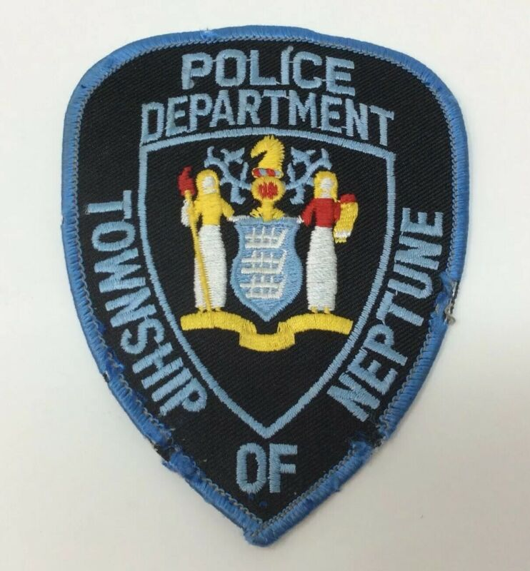 HTF NEPTUNE TOWNSHIP NEW JERSEY POLICE DEPARTMENT COLLECTIBLE PATCH- OLDER STYLE