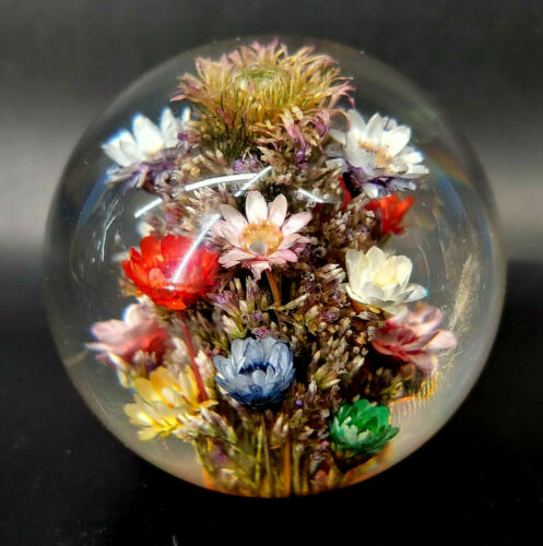 "1998 Hafod Grange Flower Banquet Acrylic Paperweight Made in England 2.25"" mABI"