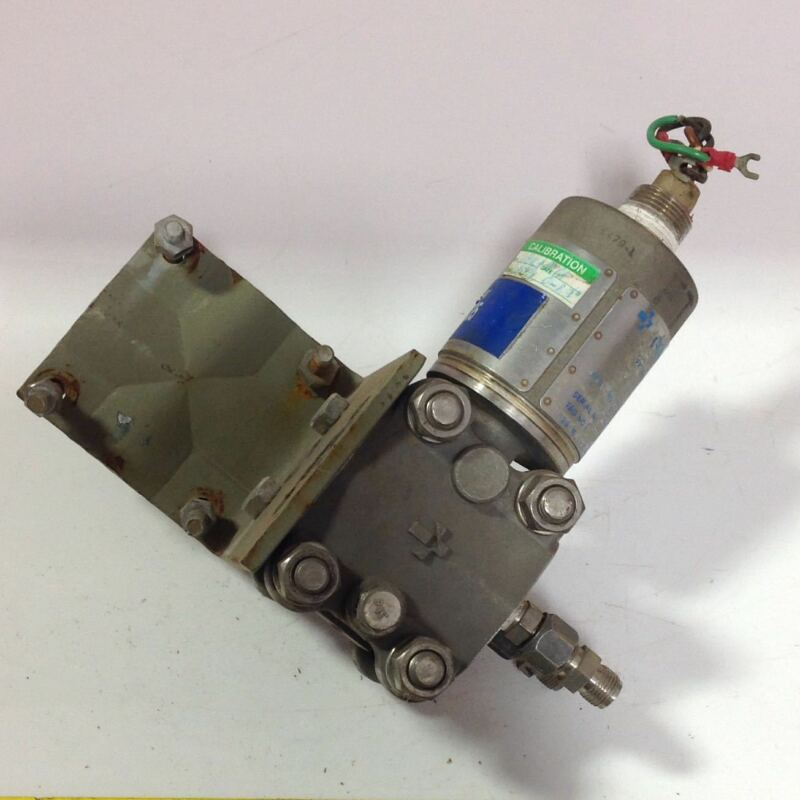 GOULD PRESSURE TRANSMITTER PD3000-005 103361 *PZB*