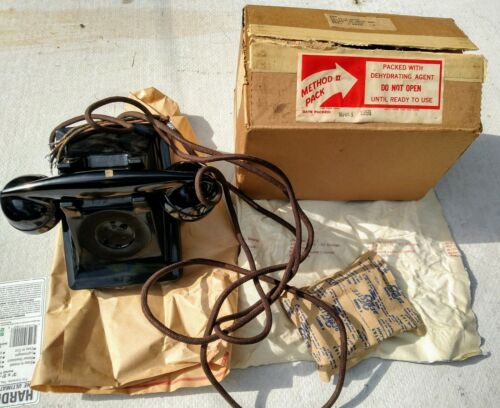 US WWII Army Telephones