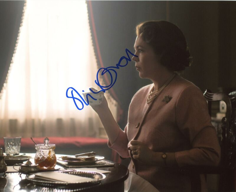 "Olivia Colman ""The Crown"" AUTOGRAPH Signed 8x10 Photo B ACOA"