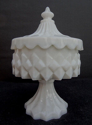 Vintage Westmoreland Milk Glass SMALL DIAMOND POINT COVERED FOOTED BOWL Dish