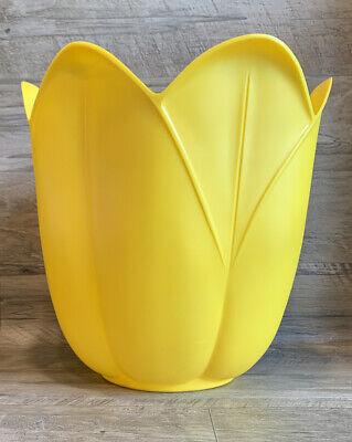 Vintage Plastic Fesco 5815 Flower Tulip Shaped Bath Trash Can Wastebasket CLEAN